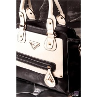 EXCLUSIVE HANDBAG MADE OF SOFT IMITATION LEATHER BLACK/BEIGE