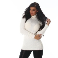 SOFT AND FLUFFY LADIES TURTLENECK SWEATER CREAM
