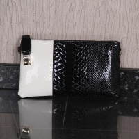 ELEGANT SMALL CLUTCH BAG IN CROC LOOK BLACK/WHITE