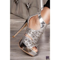 SEXY HIGH HEELS PLATFORMS WITH RIVETS GLITTER SILVER UK 4