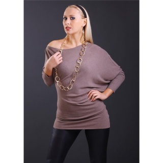 ELEGANT FINE-KNITTED LONG SWEATER WITH BATWING SLEEVES CAPPUCCINO