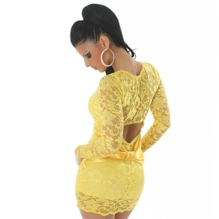 ELEGANT EVENING DRESS MADE OF LACE YELLOW