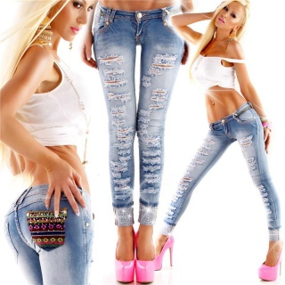 SEXY SKINNY 7/8 DESTROYED DRAINPIPE JEANS IN BOHEMIAN-STYLE LIGHT BLUE