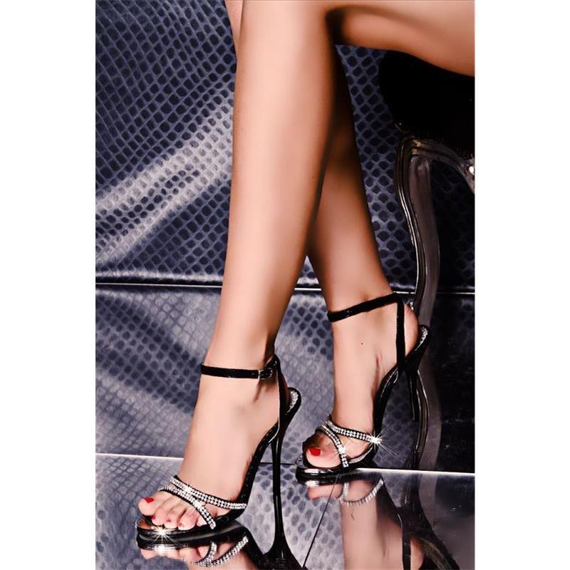 edle sandaletten mit strass 29 95. Black Bedroom Furniture Sets. Home Design Ideas