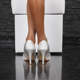 GLAMOROUS SATIN PEEP TOES PUMPS WITH RHINESTONES WHITE