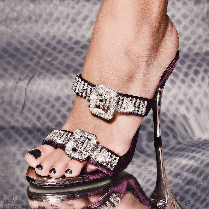 glamour se sandaletten mit strass steinchen 29 95. Black Bedroom Furniture Sets. Home Design Ideas