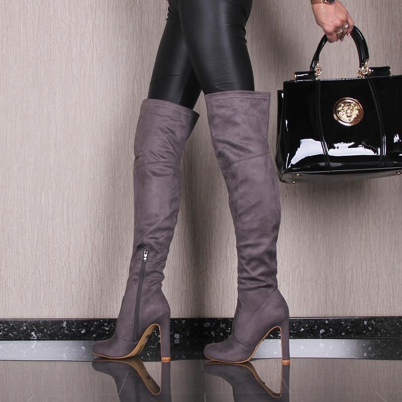 sexy hochhackige damen overknee stiefel aus samt 49 95. Black Bedroom Furniture Sets. Home Design Ideas