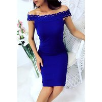Elegant knee-length rib-knitted dress in Carmen style...