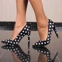 Sexy Damen High Heel Pumps Satin mit Polka Dots Schwarz