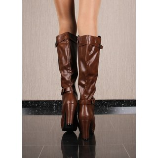 Womens boots made of faux leather with block heel camel