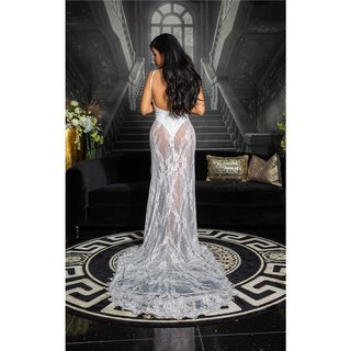 Floor-length gala lace evening dress in red carpet look white